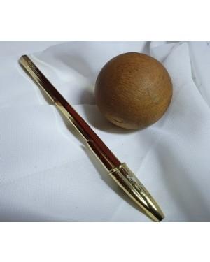 Bola de madeira 5 cm diâmetro manusear ou chulear usada ok