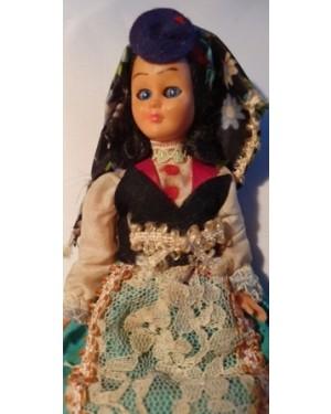 Boneca antiga 1960 Portugal trajes típicos de época, p coleção , abre e fecha os olhinhos, plástico e tecido, feito á mão, bom estado, para vitrine ou coleção.