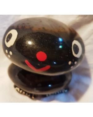 bonequinho decorativo montado com ágatas, pedras semi preciosas do Brasil, bom estado.P decoração ou coleção.