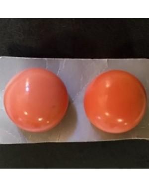 brincos plásticos,1960,meio hemisfério 18 mm diâmetro,  sem uso, para orelha c/ orifício,perfeito estado.