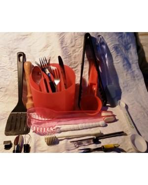 grátis-kit p cozinha, doação de nosso site, só paga o frete.Veja ás imagens, o contido nas fotos será enviado!