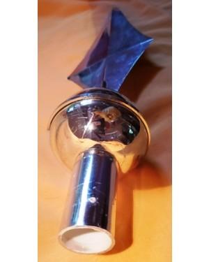 lança, ponta de lança em plástico, p por em vara, uso diverso, decoração, mastros, etc. peça usada , em bom estado.  mede 29 cm comprimento, diâmetro p encaixe 2,5 cm, esferas mede 6 cm.