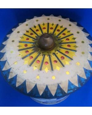 Lata cilíndrica, alt 17 cm diametro18 cm,p coleção ,bom estado,brasil,1960