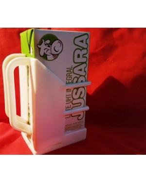 leite porta caixa de leite antigo,plástico, com alça,1980 aprx, perfeito estado, peça raríssima,pois não fazem mais