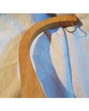 pendurador peça em madeira p pendurar objetos em geral.mede 30 cm altura x 13 x 13 de base, bom estado!