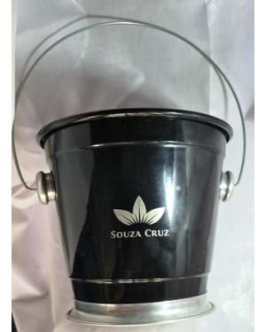 Balde p gelo Souza Cruz 18 cm boca x 16 cm altura metal , usado, bom estado,  p cervejas, etc.