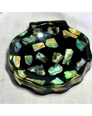 bandeja neo zelândia, forma de concha de acrílico c  c madre pérolas, mede 2 x 11 x 12 cm, perfeito estado 1960.