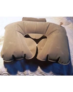 almofada inflável, plástica, com veludo sintético enche se com ar, vem dobrada em bolsinha , ideal p proteger o pescoço em, viagens.Perfeito estado.
