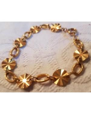 pulseira dourada, bijuteria fina, 1970, perfeito estado, lindo desenho, parece com  ouro.
