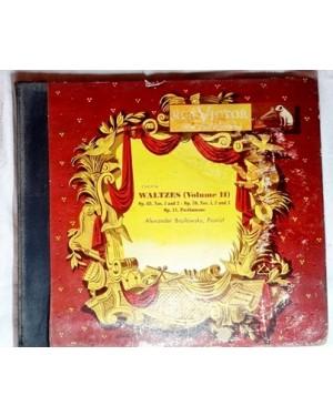 Waltzes Valsas vol.2, RÇA , 78 rpm, G, Alexander Brailowzky , `pianist, 4 discos, álbum Baquelite, bom estado, antigos, comprados na Mesbla.
